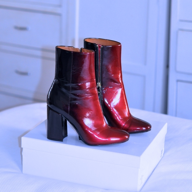 &otherstories glossy gradient patent leather boots