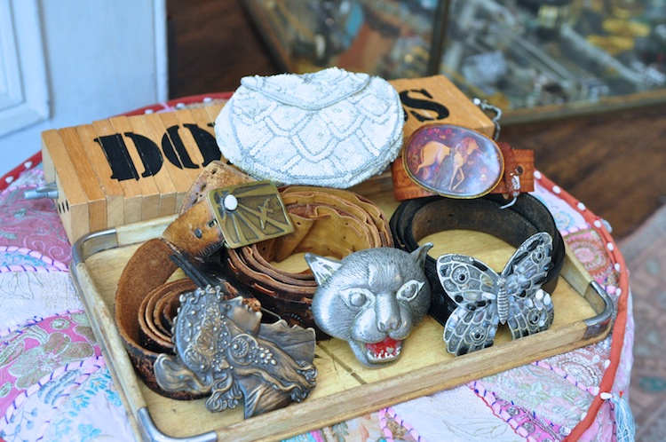 animal head buckle belts