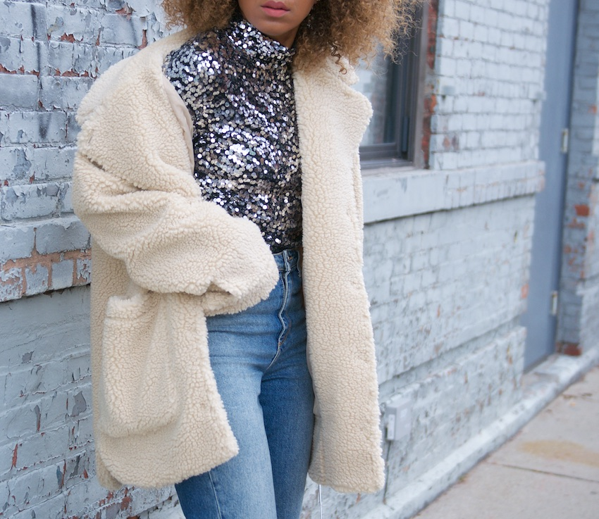 teddy coats, monki teddy coat, high waist jeans, mom jeans