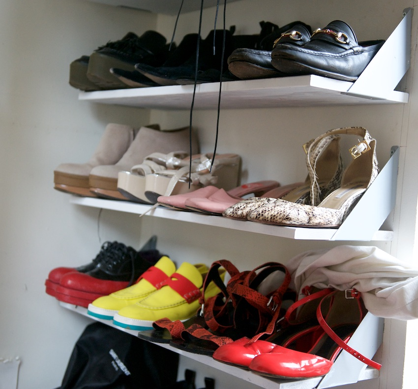 shoe displays, shoe racks