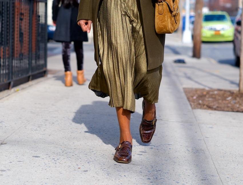gold metallic pleat skirt