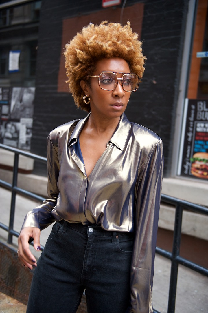 how to style metallic shirts