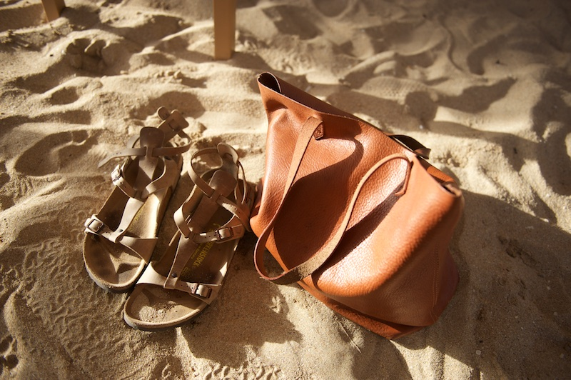 leather tote, madewell transport tote, gladiator sandals