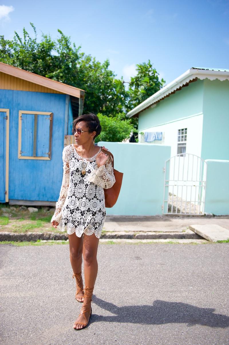 crochet dress, seventies sunglasses, madewell tote, fashion bloggers