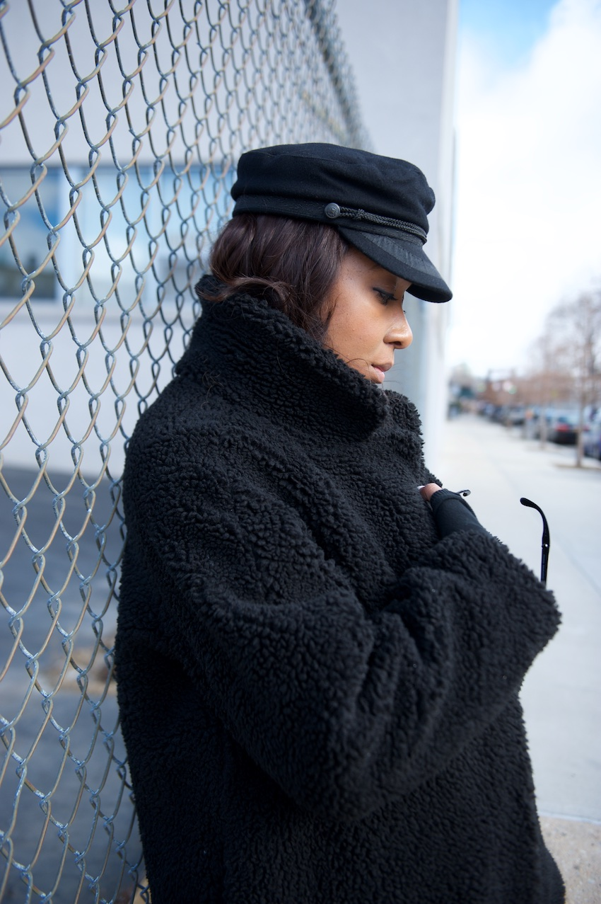 H&M black teddy coat