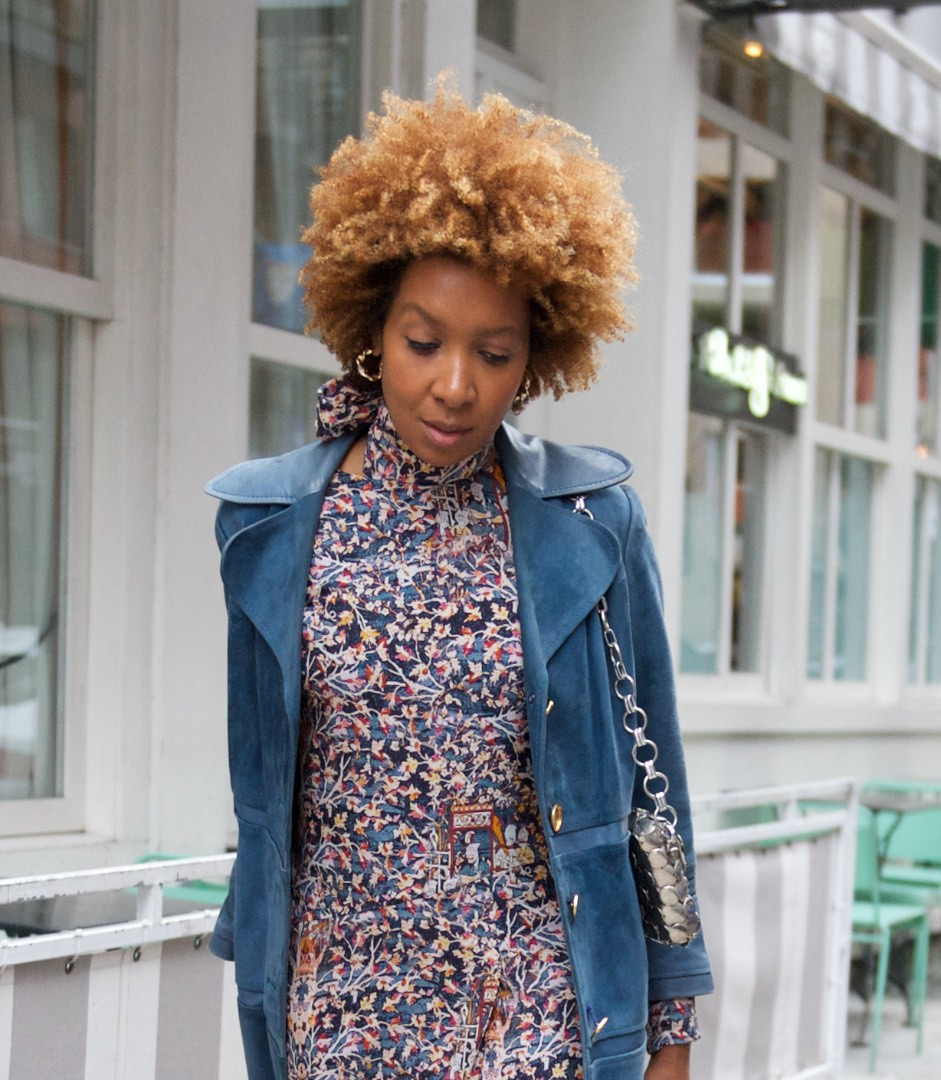 how to style trench coats