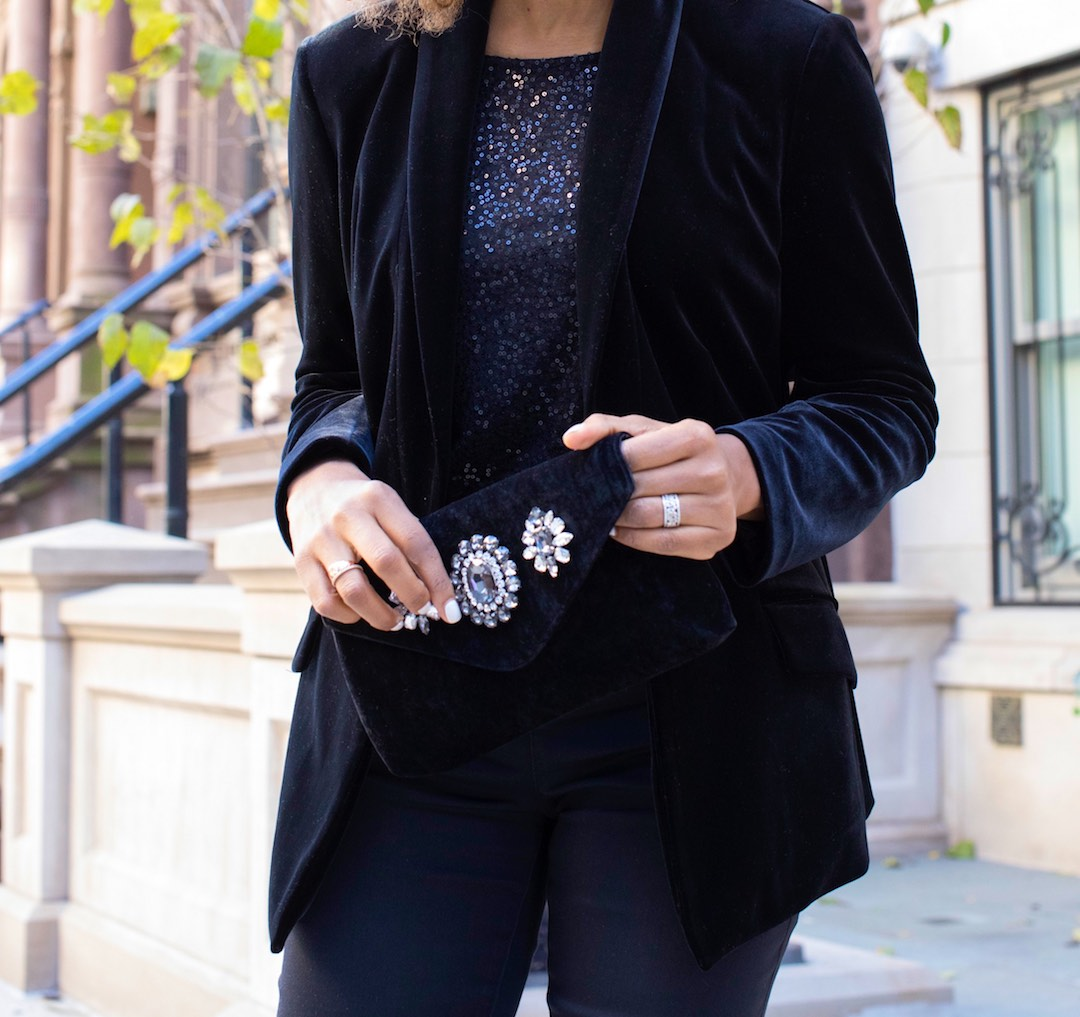 how to wear black velvet blazers