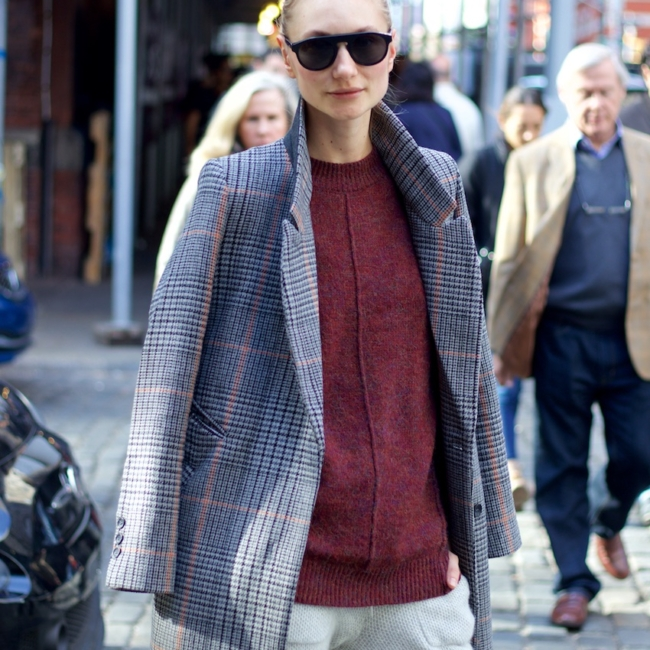 H&M checked coat with ray ban sunglasses for new york street style photo