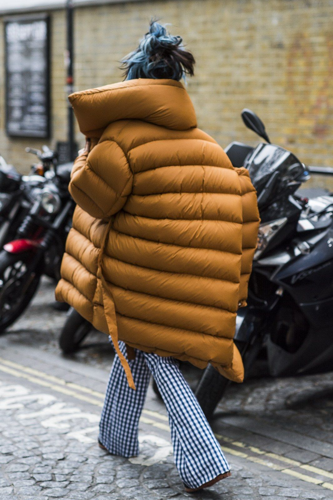 how to look stylish in the cold